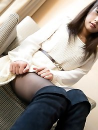 Horny and slutty Japanese av idol Mamika has sex in the hotel with a smile